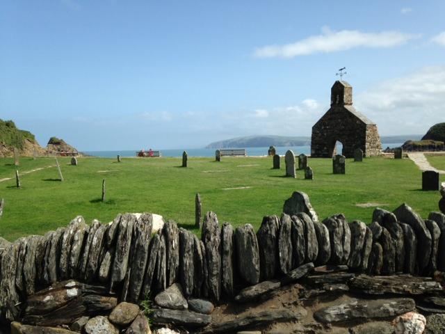 St Brynach's churchyard at Cwm yr Eglwys