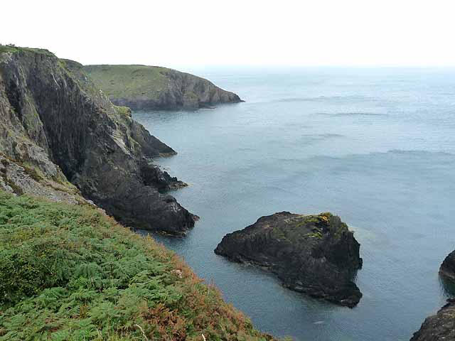 Pembrokeshire coast between Porthgain and Trefin
