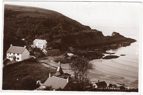 Cwm Yr Eglwys 1938 postcard
