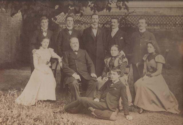 Chelsham Road family