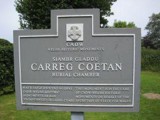 Cadw sign at Carreg Coetan (Newport Pembs)