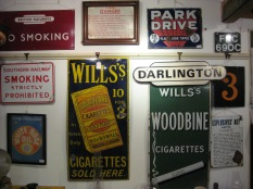 Tin plate signs