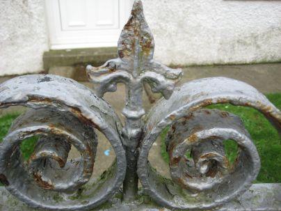 Iron railings 7