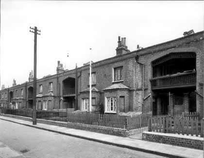 Cowley Gardens, Stepney where the Bernings lived-3