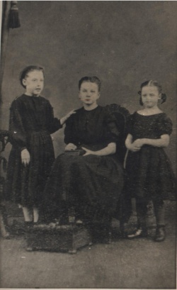 Jessie Press_and sisters