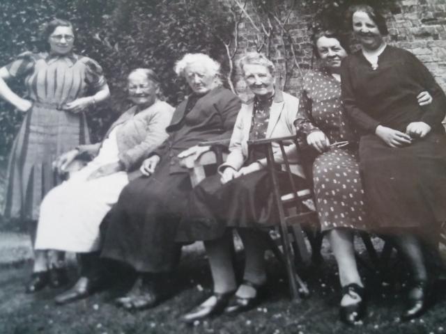 Llwyngwair ladies small group